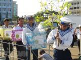 Hai tàu Trường Sa bắt đầu hành trình mang quà Tết đến nhà giàn DK1