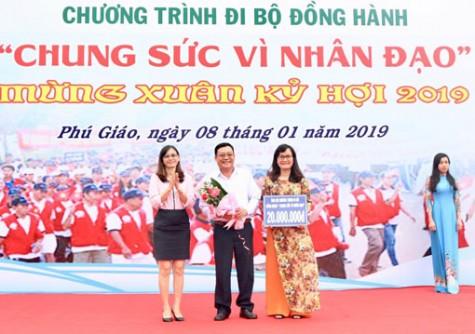 Huyện Phú Giáo: Hơn 1.000 người tham gia chương trình đi bộ vì nhân đạo