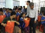 Ban Vận động Quỹ vì người nghèo tỉnh:  Tặng 1.665 phần quà tết cho các đối tượng xã hội