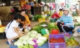 Đi chợ Tết vùng quê…