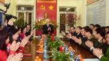越共中央总书记、国家主席阮富仲向河内市民众、劳动者拜年