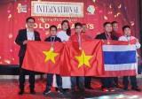河内学生代表团在第7届国际数学竞赛中获得优秀的成绩