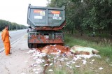 Lén đổ chất thải, hành vi hủy hoại môi trường: Cần xử lý nghiêm!
