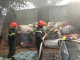 Kịp thời dập tắt vụ cháy trong khu dân cư