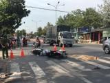 Tai nạn giữa hai xe máy và xe khách, người đàn ông bị cán chết