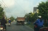 Xe công nông ra phố