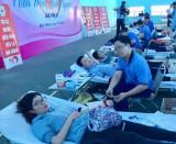 Hơn 250 người tham gia ngày hội hiến máu lần 31
