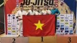 越南柔术选手陶洪山在泰国柔术公开赛上夺得金牌