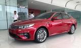 Kia Optima 2019 giá từ 789 triệu - chờ đối đầu Toyota Camry nhập khẩu