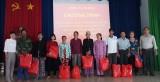 Phú Giáo: Tặng 400 phần quà cho người khuyết tật