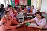 Phòng giao dịch Ngân hàng CSXH huyện Dầu Tiếng: Luôn đồng hành cùng người dân