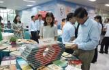 Trưng bày giới thiệu hơn 900 cuốn sách về Chủ tịch Hồ Chí Minh