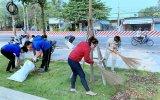 TX.Bến Cát: Hơn 100 đoàn viên thanh niên ra quân dọn dẹp vệ sinh môi trường
