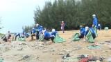 越南政府总理阮春福呼吁共同携手解决塑料废物问题
