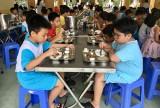 Trường tiểu học Trần Phú: Thực hiện triệt để an toàn bếp ăn trường học