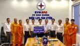Tổng Công ty Điện lực Miền Nam: Thăm và tặng quà cho công nhân Điện lực Tân Uyên