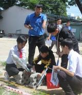 Hội thi bắn tên lửa nước học sinh cấp THCS