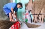 Người mù ở TX.Thuận An: Vượt khó vươn lên