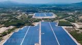 越南平定省第一座太阳能发电厂并入国家电网
