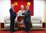 平阳省领导会见胡志明市日本企业协会主席