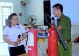 Thị đoàn Bến Cát: Tập huấn kỹ năng phòng cháy chữa cháy