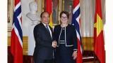 越南政府总理阮春福会见挪威议长特罗恩