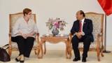 越南政府总理阮春福会见澳大利亚外交部长