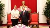 越共中央经济部部长阮文平会见澳大利亚外交部长