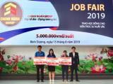Chánh Nghĩa Group trao tặng học bổng cho sinh viên trường Đại học Thủ Dầu Một
