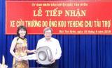 Trung tâm Y tế huyện Bắc Tân Uyên: Tiếp nhận xe cứu thương do cá nhân trao tặng