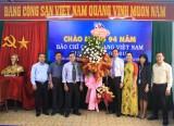 Lãnh đạo tỉnh thăm và chúc mừng các cơ quan báo chí nhân Ngày Báo chí cách mạng Việt Nam