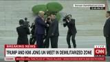 Bước chân lịch sử ở DMZ của hai nhà lãnh đạo Mỹ và Triều Tiên