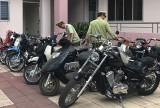 Phát hiện kho chứa xe máy nghi nhập lậu