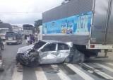 Tai nạn liên hoàn gây ùn ứ trên đường ĐT 742