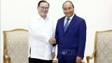 越南政府总理阮春福会见菲律宾外交部长特奥多罗•洛钦