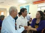 Đoàn Ủy ban các vấn đề xã hội của Quốc hội: Thăm, tặng quà gia đình chính sách tại TX.Thuận An