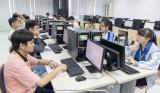 400 thí sinh tham dự Đấu trường Vật lý do Đại học Quốc tế Miền Đông tổ chức