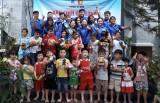 """""""Kỳ nghỉ hồng"""": Tình nguyện chăm lo con em thanh niên công nhân"""