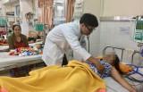 Bệnh sốt xuất huyết điều trị nội trú vẫn còn tăng