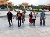 Dịp 27-7, nhiều đoàn khách đến thăm Chiến khu Vĩnh Lợi