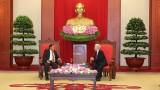 越共中央总书记、国家主席阮富仲会见老挝人民革命党中央总书记、国家主席本扬•沃拉吉本扬•沃拉吉