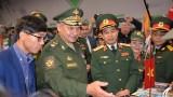 越南国防部副部长潘文江出席2019年国际军事比赛闭幕式