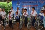 Tập đoàn Tân Hiệp Phát: Trao tặng xe đạp cho học sinh nghèo