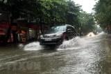 Áp thấp nhiệt đới gây mưa rất to ở các tỉnh Trung Bộ và Tây Nguyên