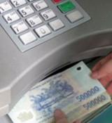 """Cung cấp số tài khoản cho người lạ, coi chừng tiền trong ngân hàng """"bốc hơi"""""""