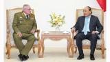 越南政府总理阮春福会见古巴革命武装力量部第一副部长兼总参谋长