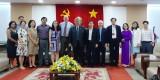 美国波特兰州立大学教授、教师和大学生代表团来访平阳省