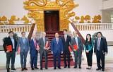 Việt Nam tích cực thu hút đầu tư chất lượng cao, phát triển năng lượng