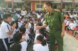 Tuyên truyền pháp luật về PCCC tại trường Tiểu học Phú Thọ (TP.Thủ Dầu Một)