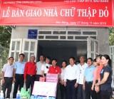 Bàu Bàng: Trao nhà chữ thập đỏ cho người nghèo